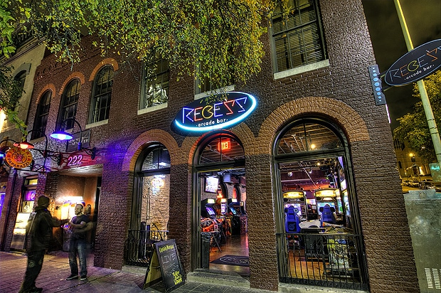 6th street bars