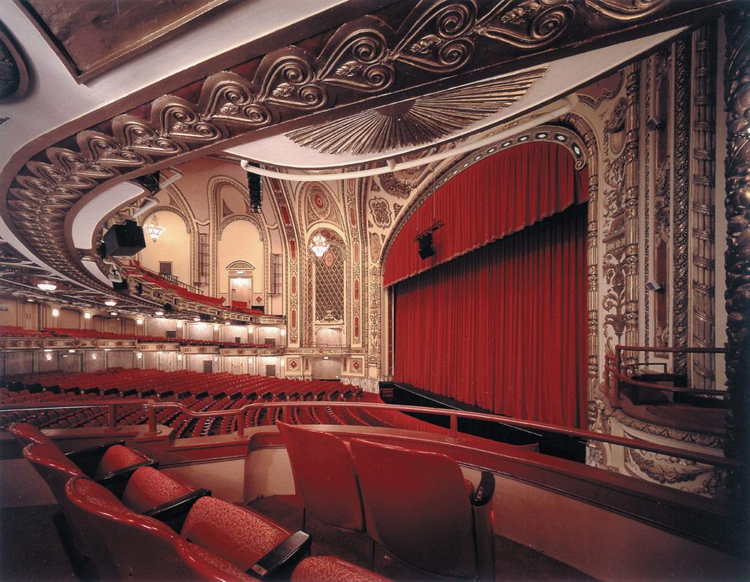 Cadillac Theater Chicago Restaurants