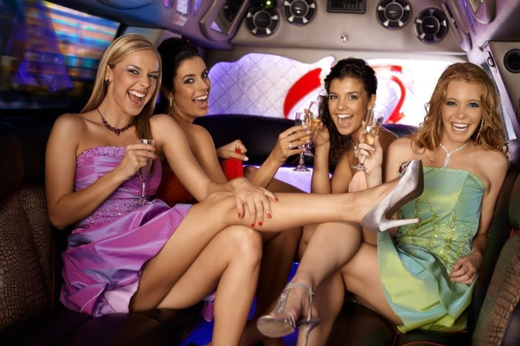 Women in Limo