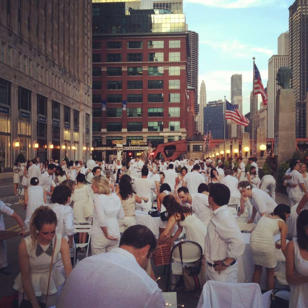 Chicago in White Party