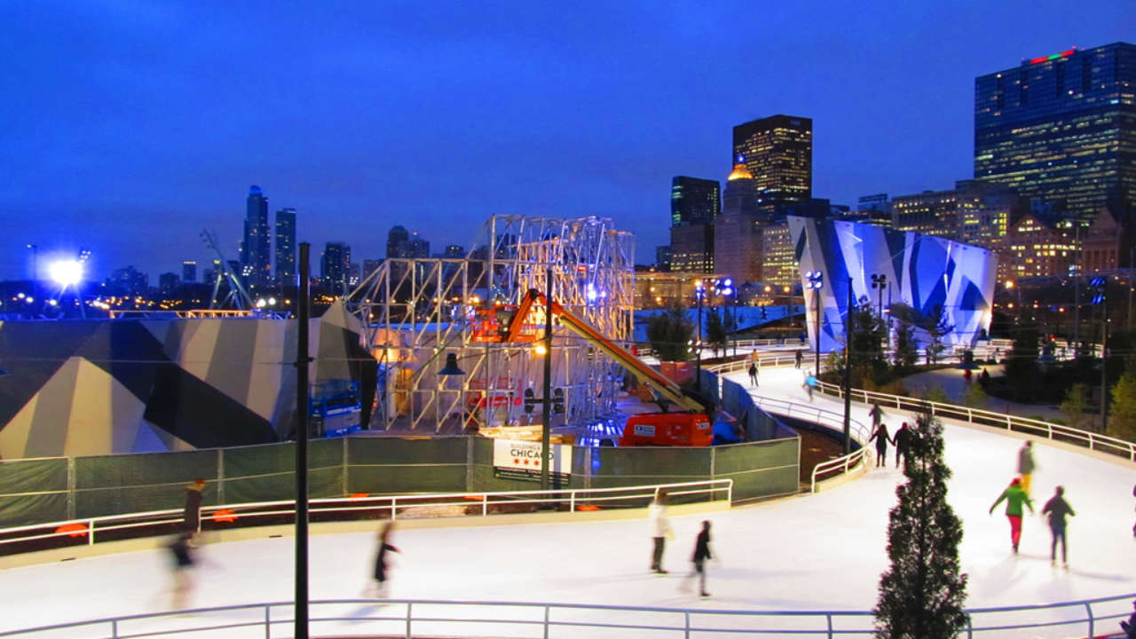 The Maggie Daley Ice Skating Ribbon Is Open for the Season | UrbanMatter