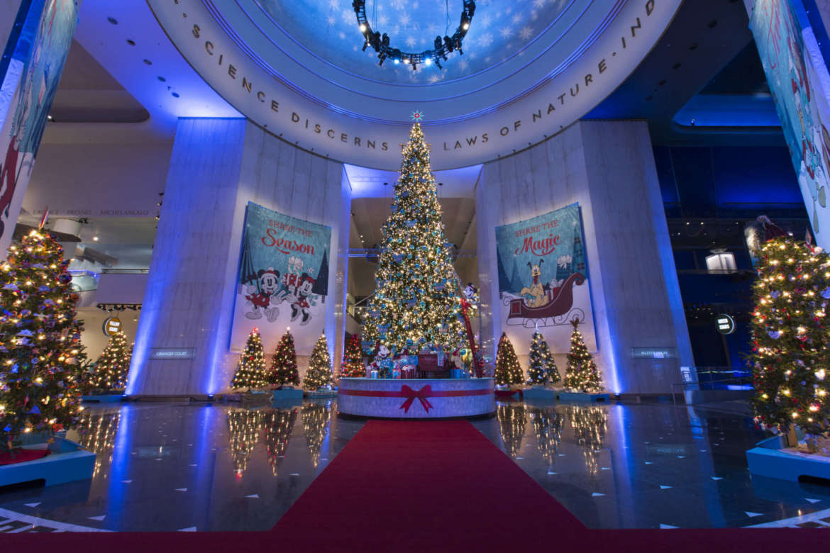 christmas tree lighting chicago. Christmas Around The World @ Museum Of Science And Industry, Chicago Tree Lighting E