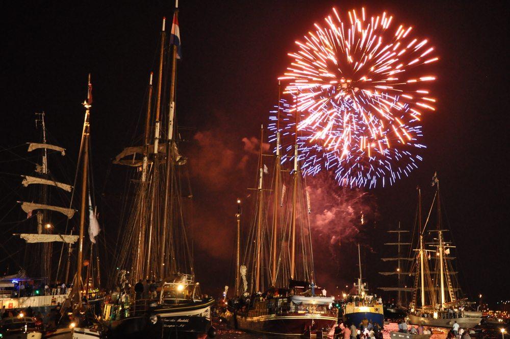 venetian night navy pier