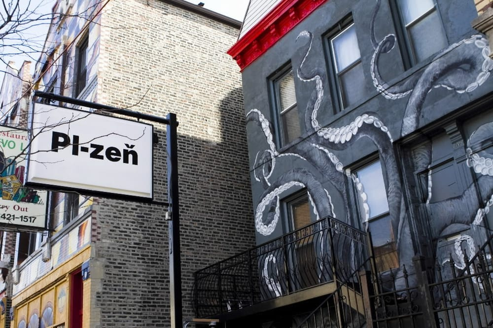best bars in pilsen
