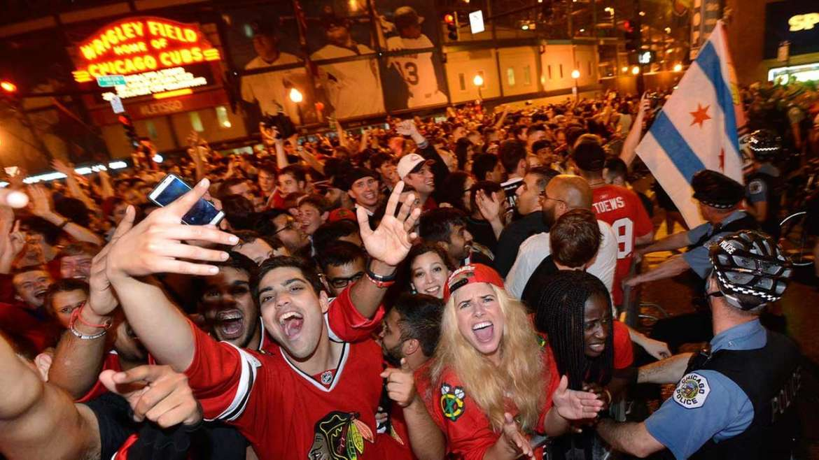 blackhawks fans