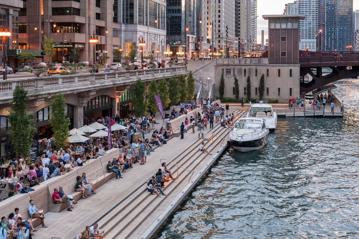 chicago riverwalk summer