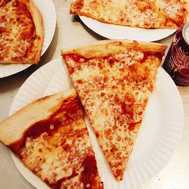 best pizza manhattan