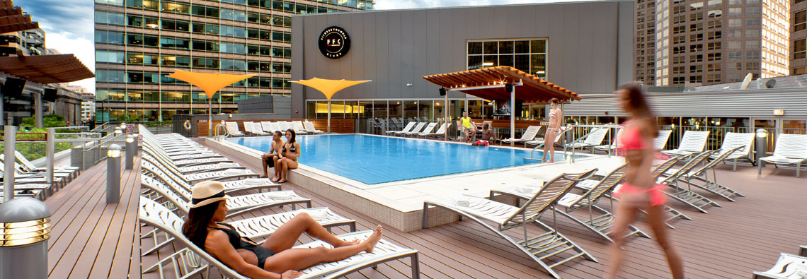 The 5 Best Rooftop Pools In Chicago