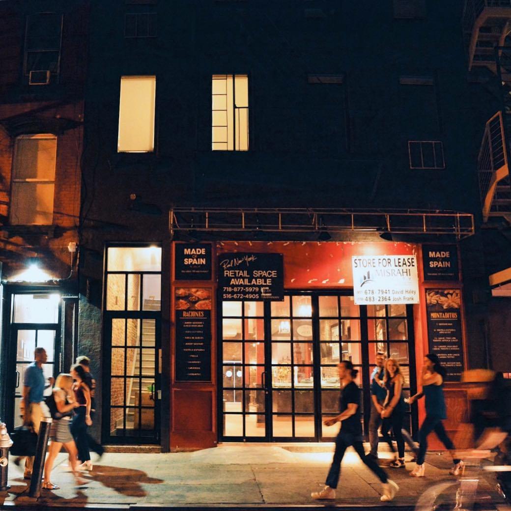 Manhattan Streets: 4 Best Streets For Bar Hopping In Manhattan, New York City