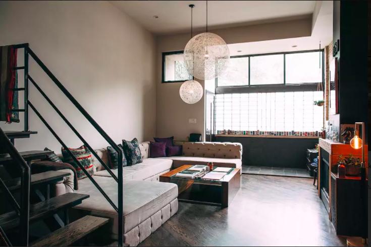 Chicago Staycation – Artist Loft airbnb