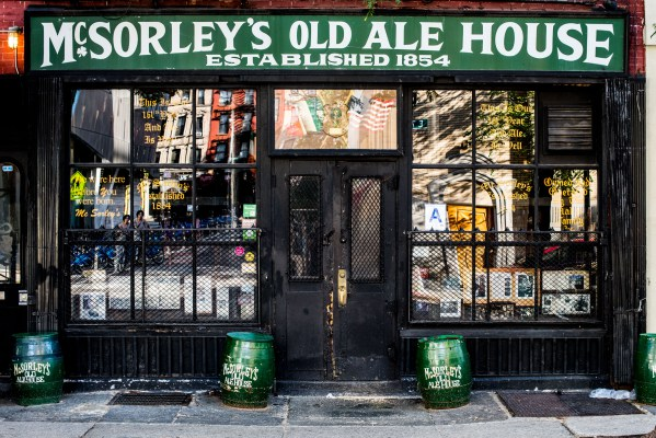 oldest bars and restaurants nyc