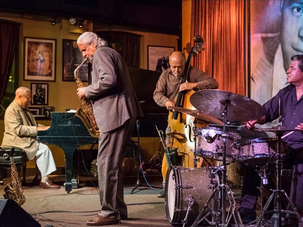 Jive and Jitterbug at These Chicago Jazz Clubs