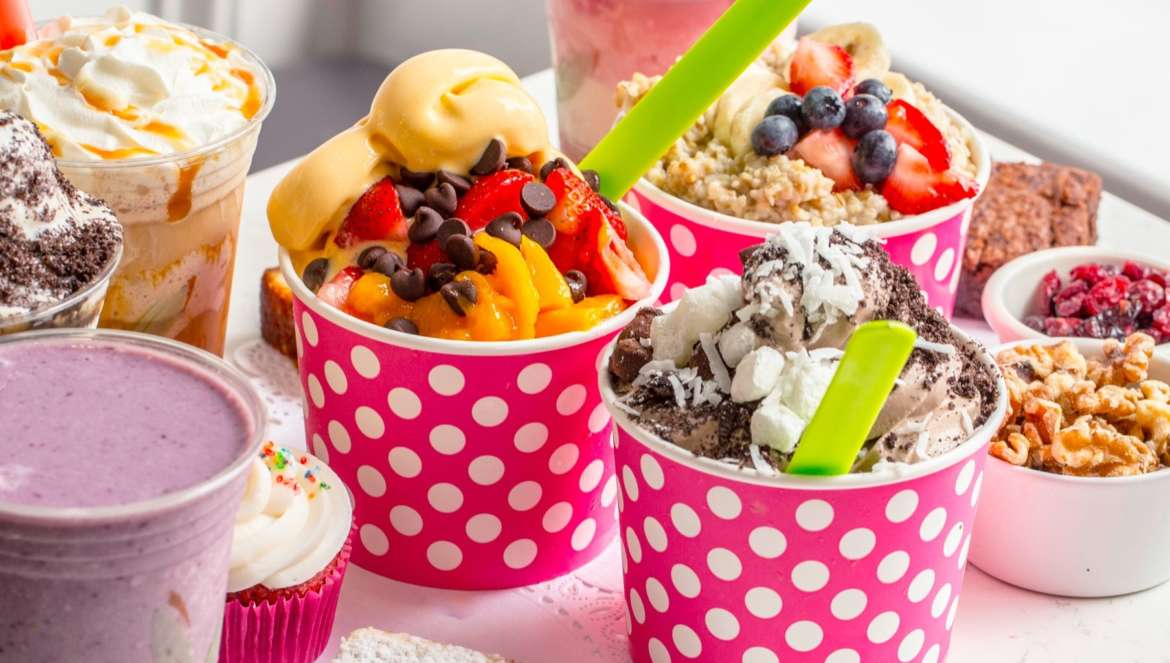 Froyo Chicago Cafe