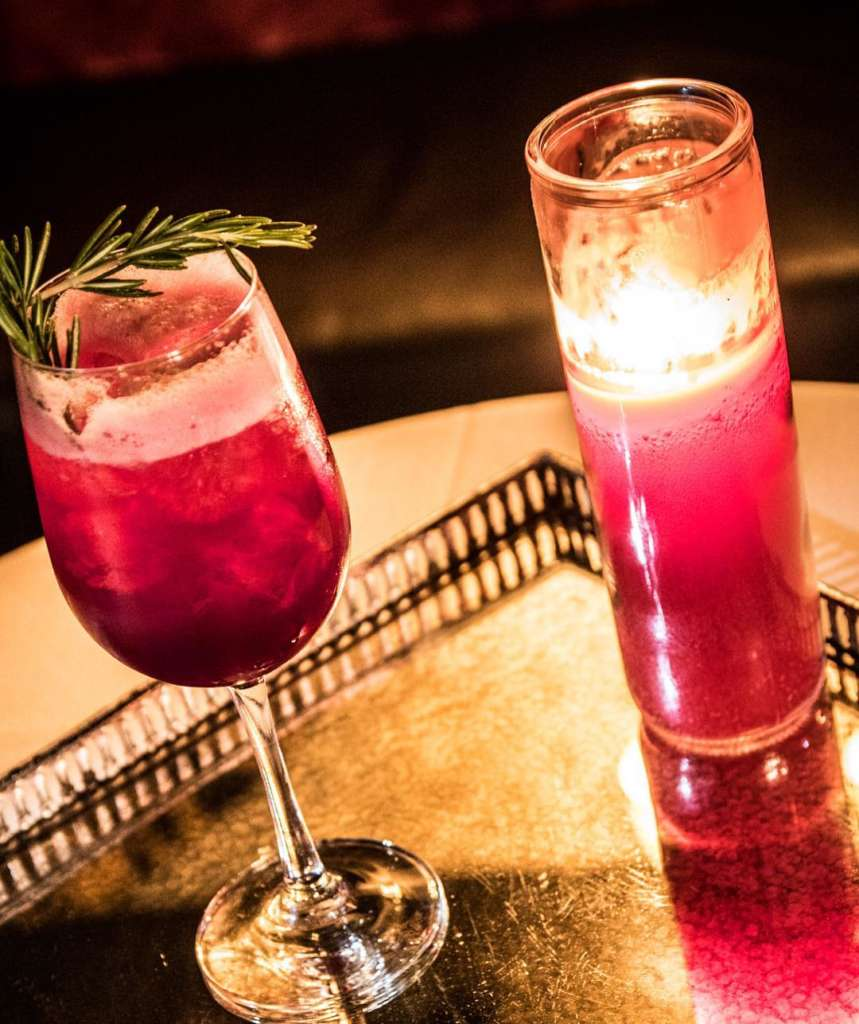 Best Cocktail Bars in Chicago