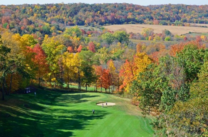 Whether on the golf course or hiking around Eagle Ridge Resort, the galena Territory is a fave fall color destination