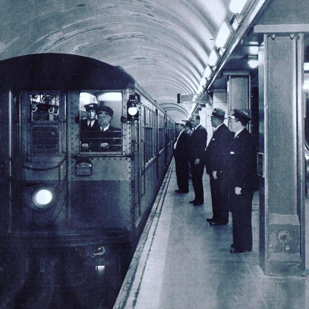 vintage train cars CTA