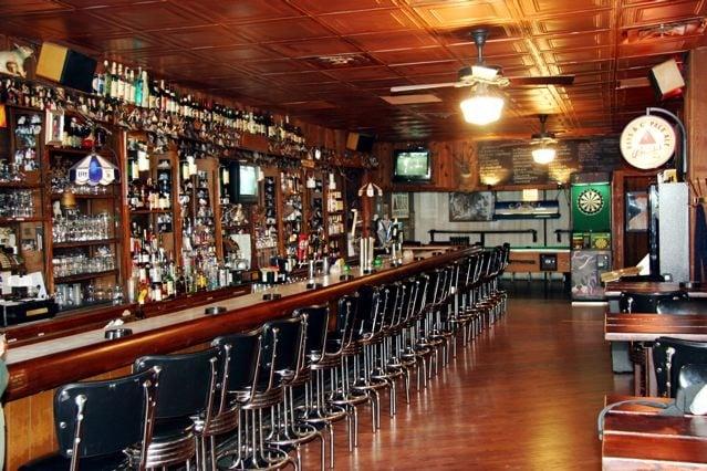 jakes pub