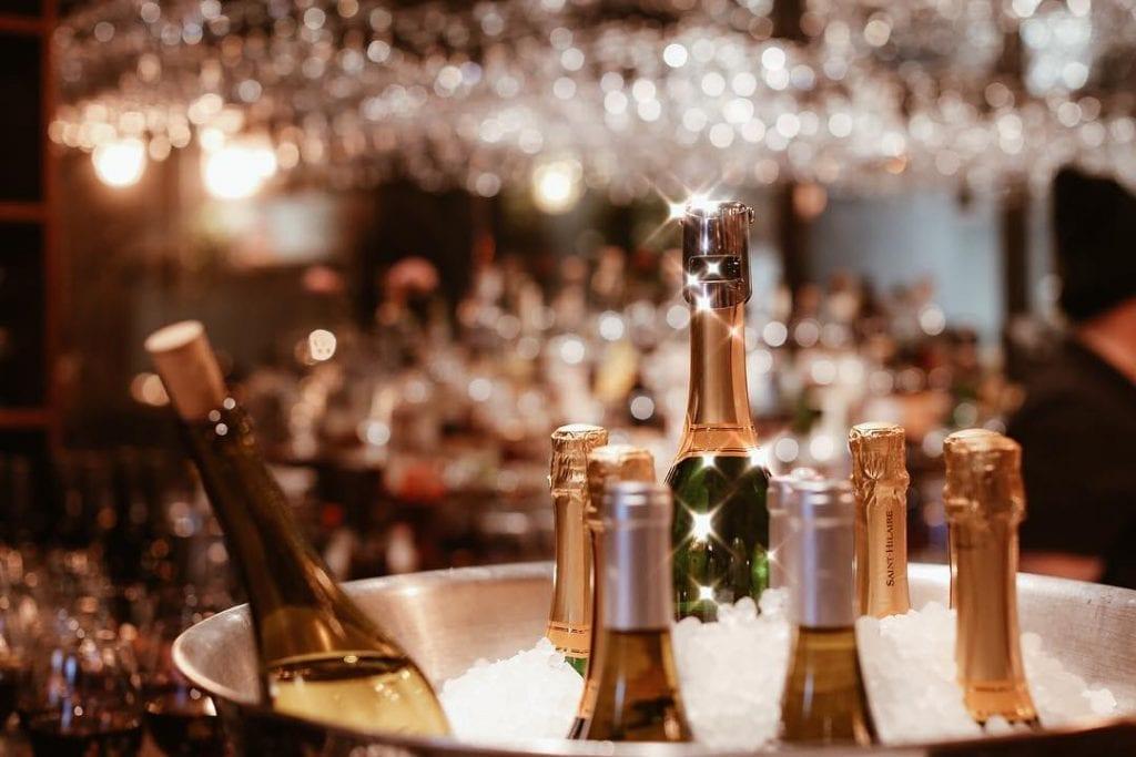 Rm Champagne Salon