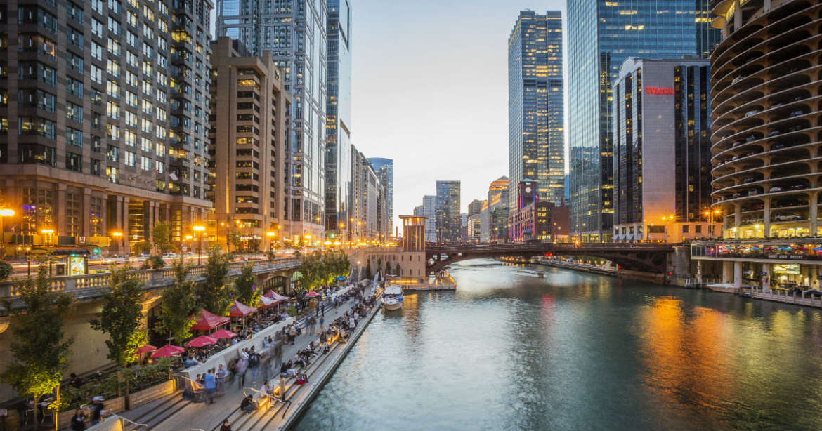 The Complete Chicago Riverwalk Guide