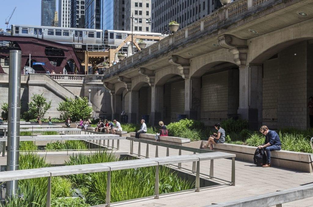waterfront restaurants chicago