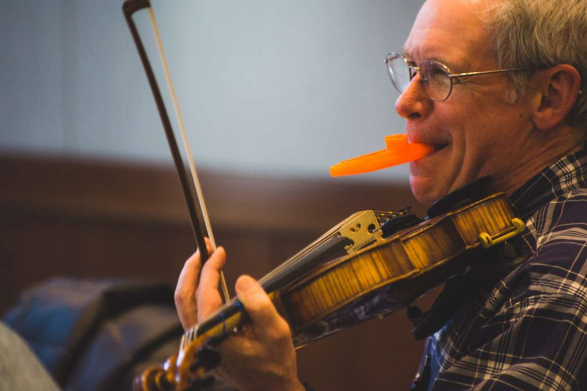 Master Your Instrument at the Old Town School of Folk Music in Chicago