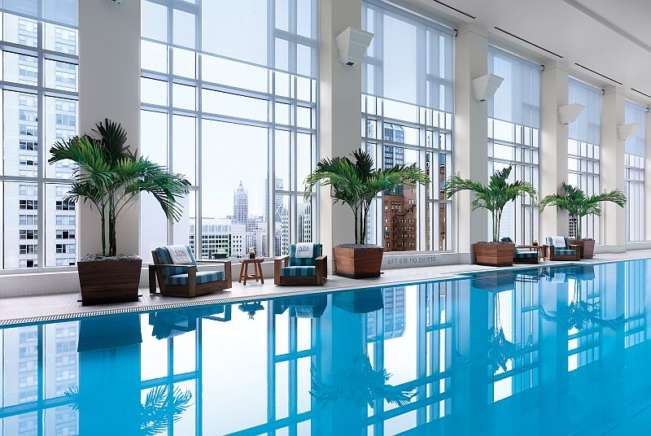The Peninsula Chicago Spa Pool with great views is a good place to relax. (Peninsula photo)
