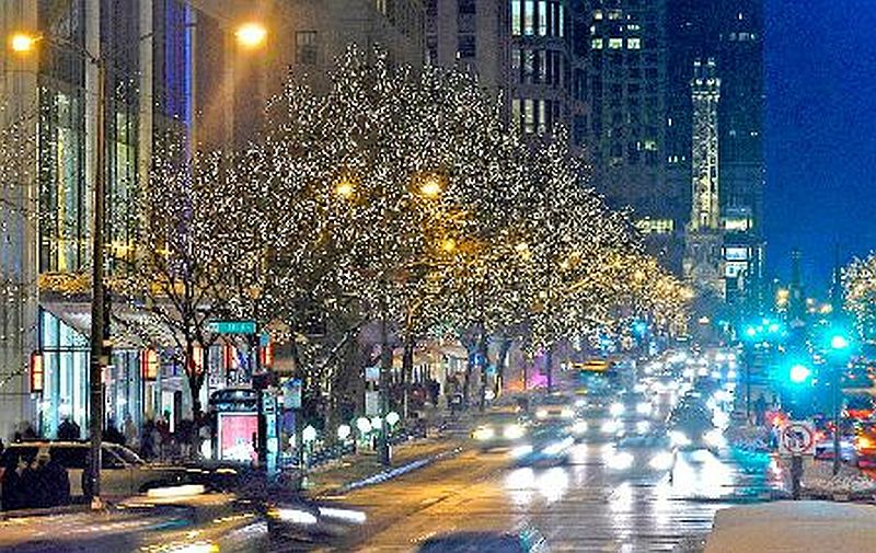 North Michigan Avenue's Magnificent Mile lights up for the holidays. (Magnificent Mile photo)