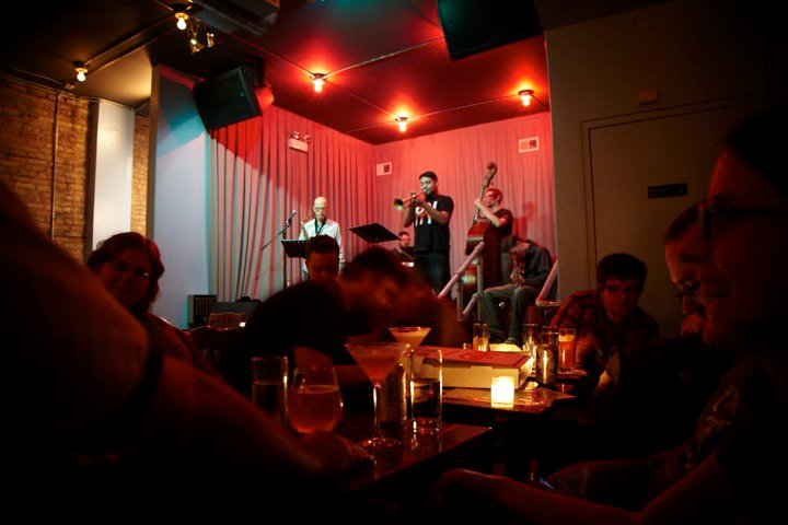 Best Bars With Free Live Music in Chicago | UrbanMatter