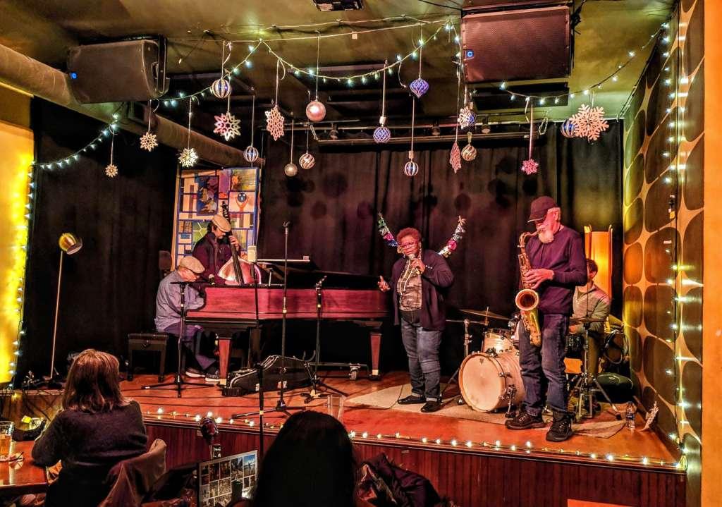 bars live music