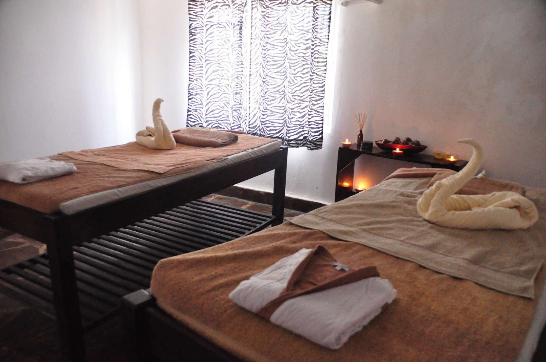 5 Best Places to Get a Romantic Couples Massage in Chicago | UrbanMatter