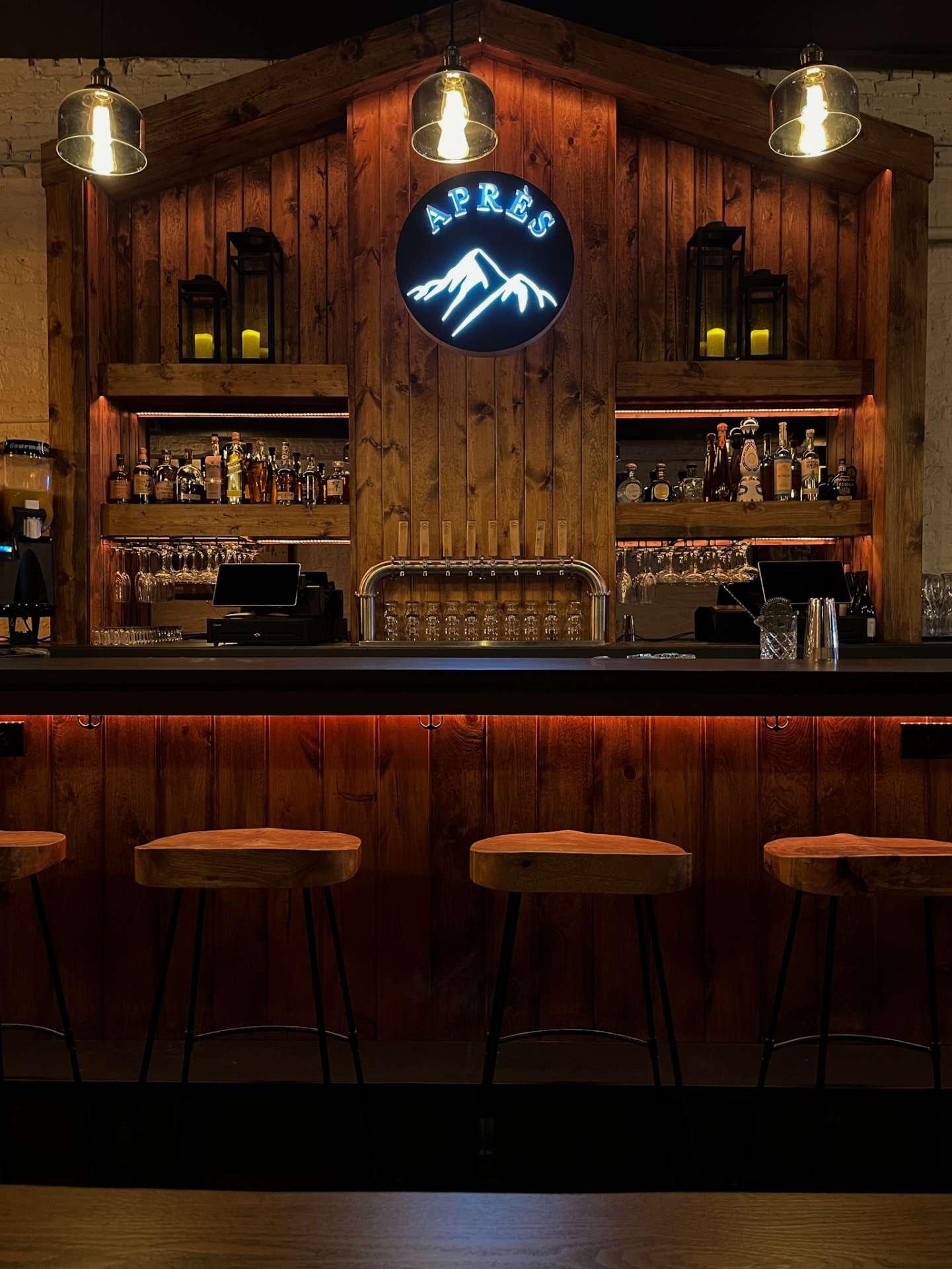 chalet-bar
