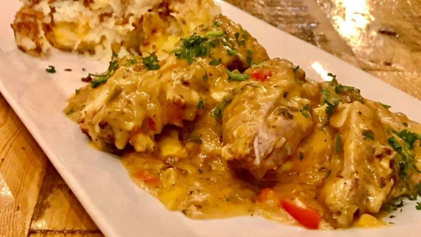 smothered chicken omelette in Chicago