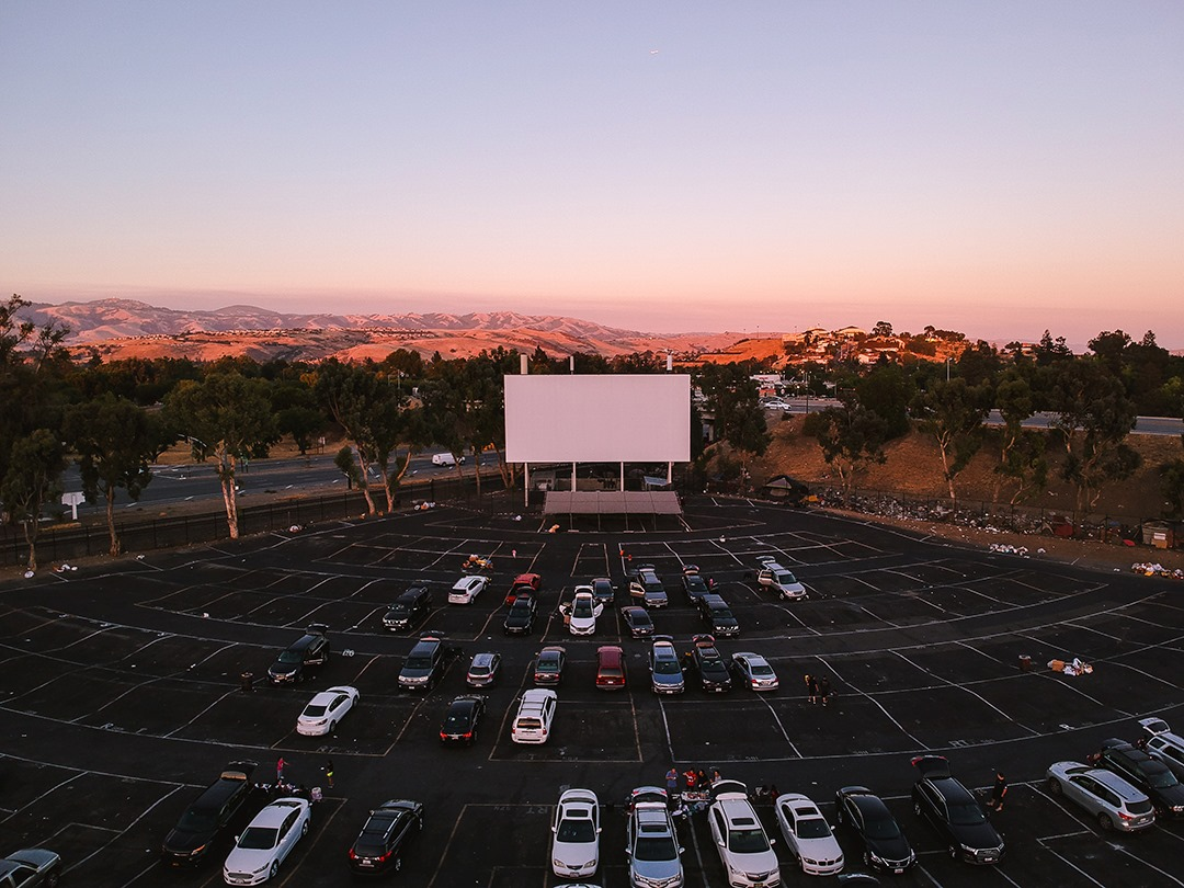 West Wind Glendale 9 Theater Stays Open By Practicing Social Distancing Urbanmatter Phoenix