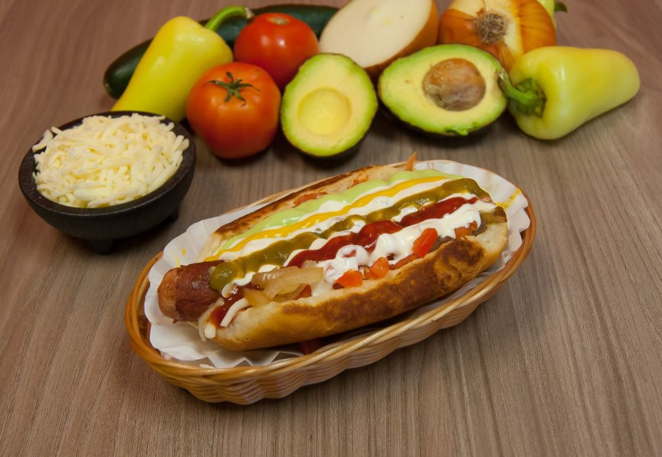 8 Incredible Hot Dogs You Can Get Near Phoenix