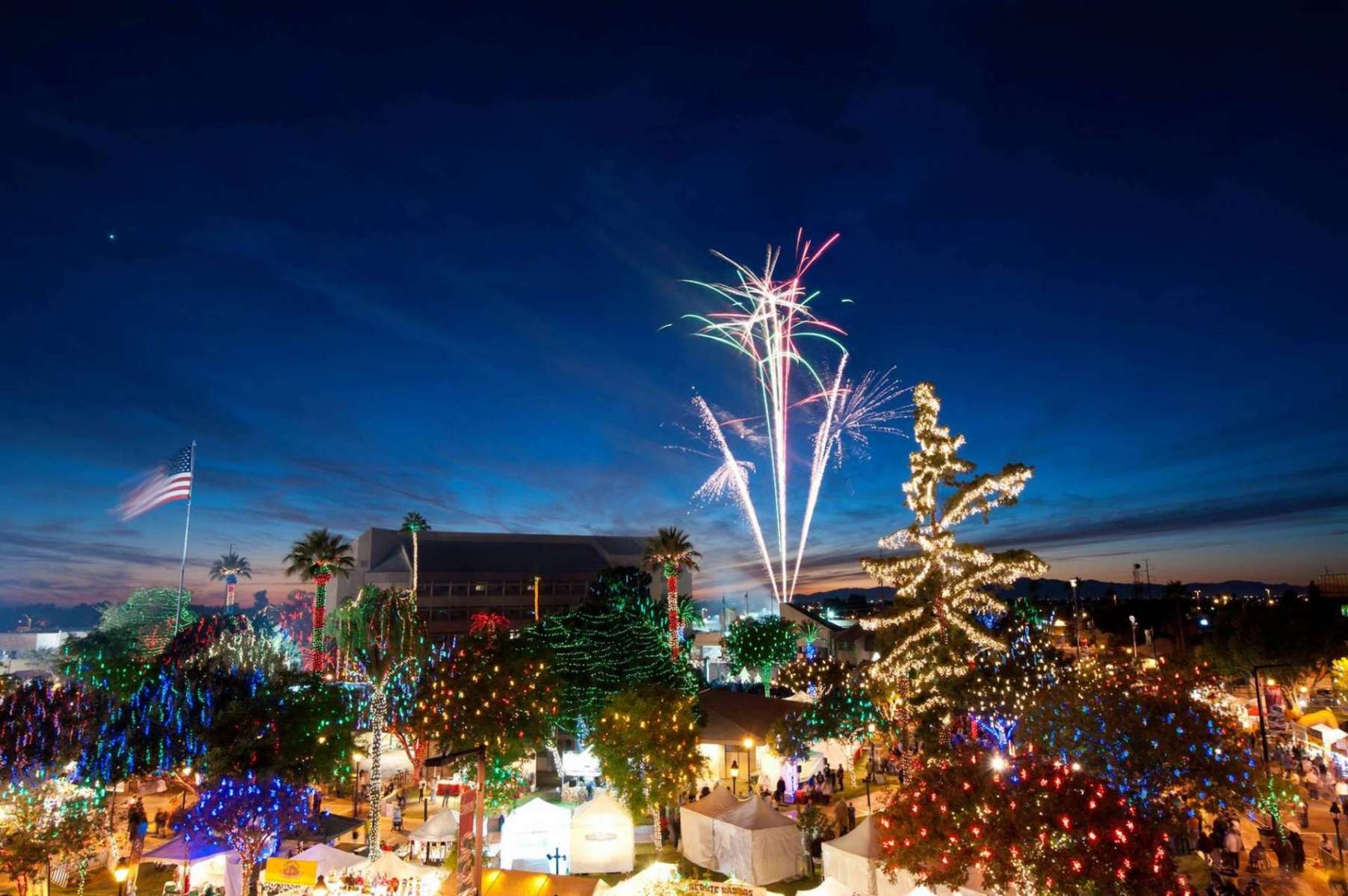 Christmas Lights Phoenix 2021 5 Best Places To See Christmas Lights In Phoenix Az Urbanmatter Phoenix