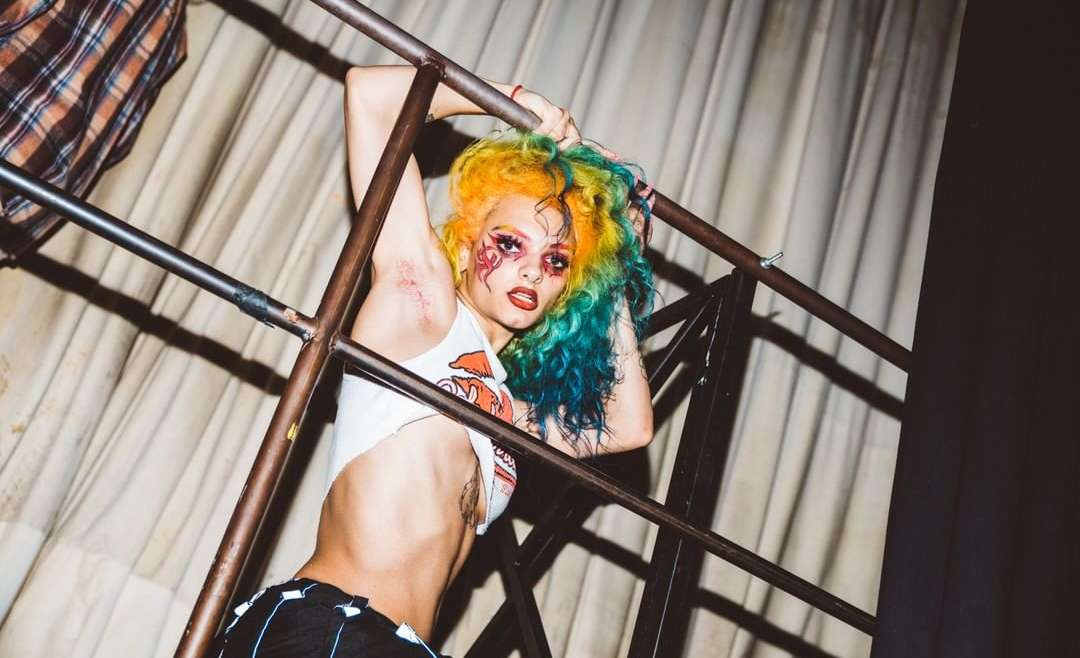 virtual drag shows