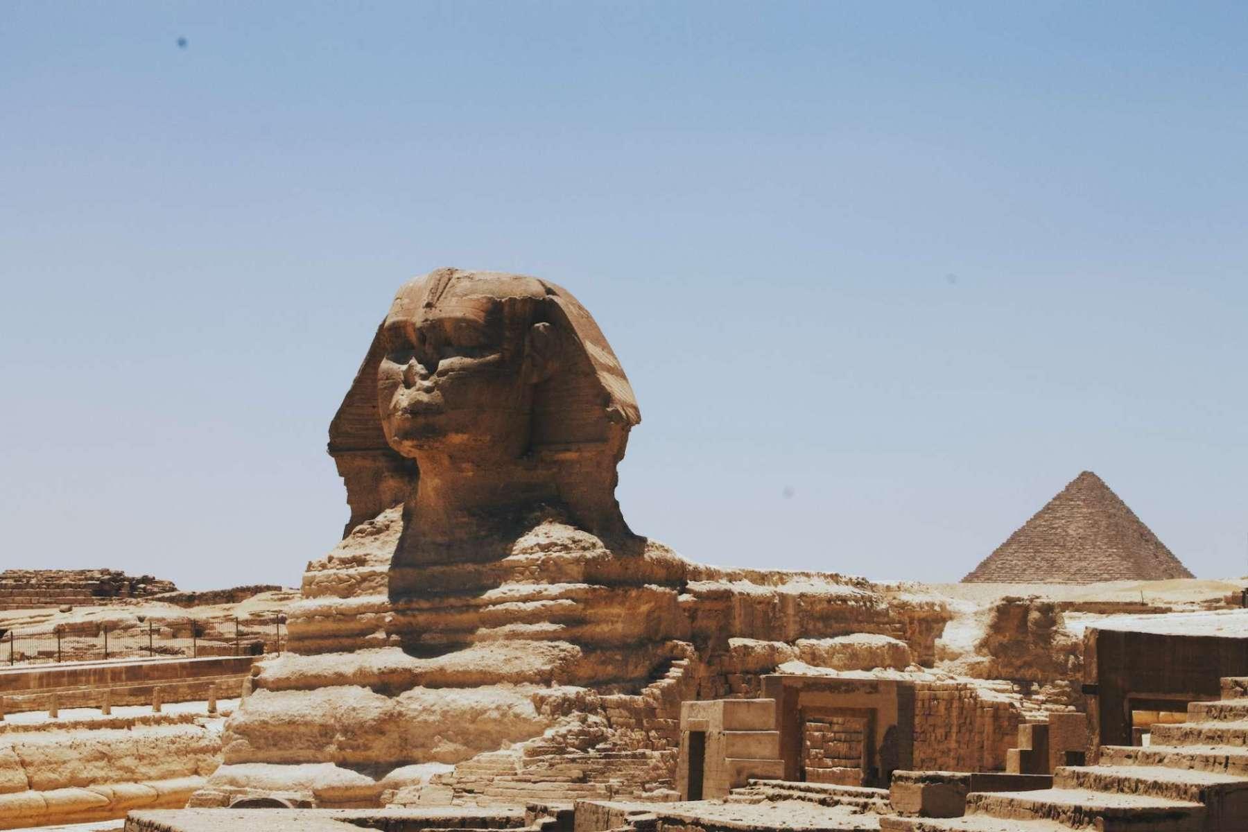 Sculptures Around World